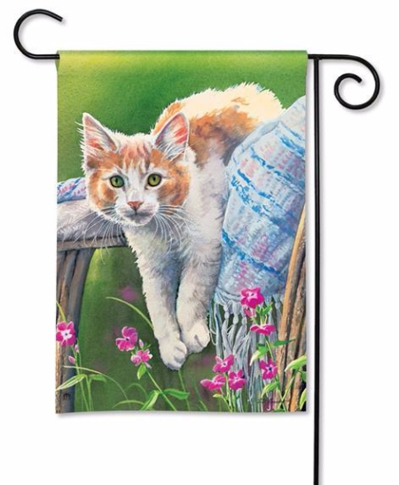 kitty-cool-down-garden-flag-31124.jpg